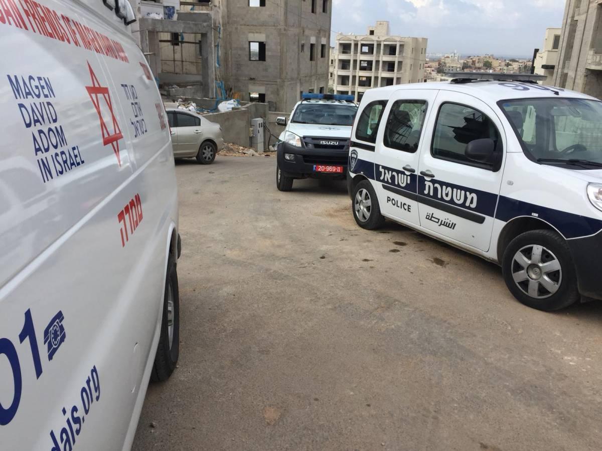 Photo of طمرة: إصابة شاب جراء تعرضه لإطلاق النار في ورشة بناء