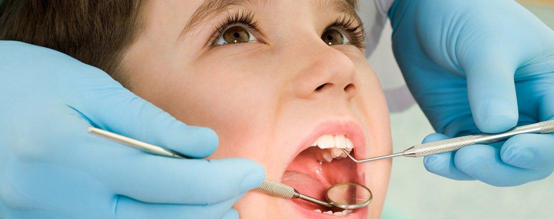 Photo of بدء علاج الأسنان المجاني للقاصرين والمسنين