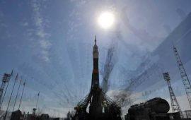 """خلل في صاروخ روسي يؤجل إطلاق """"قمر الويب"""""""