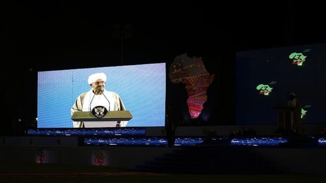"""Photo of تجدد الاحتجاجات الشعبية في السودان والبشير يتوعد بـ""""الحسم"""""""