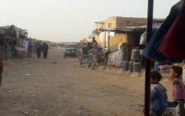 البرد يفاقم مأساة النازحين السوريين في مخيم الركبان