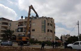 مسؤولون أوربيون يلتقون عائلة الصباغ المهددة بالتهجير من القدس