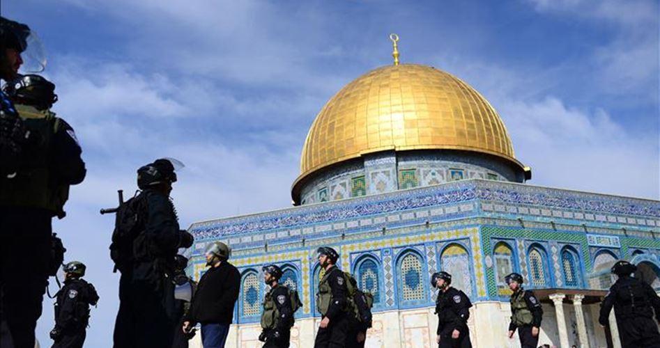"Photo of ""الأوقاف"" الفلسطينية تحذر من تصاعد الانتهاكات الإسرائيلية ضد المقدسات"