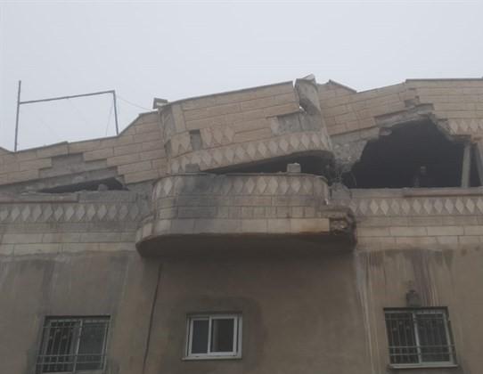 Photo of الاحتلال يفجر منزل عائلة الاسير جبارين في يطا