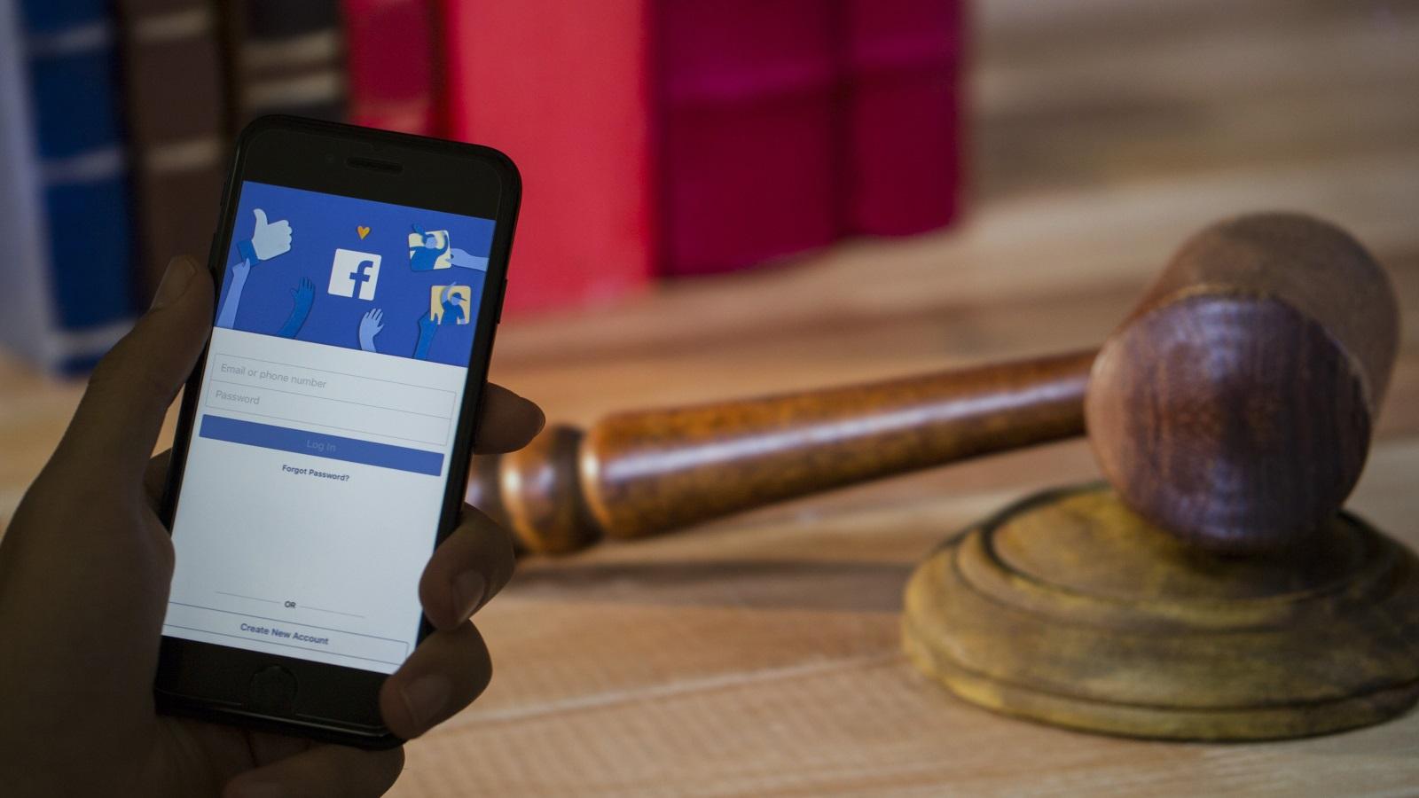 Photo of فيسبوك قد تواجه أكبر غرامة بأميركا لانتهاك الخصوصية