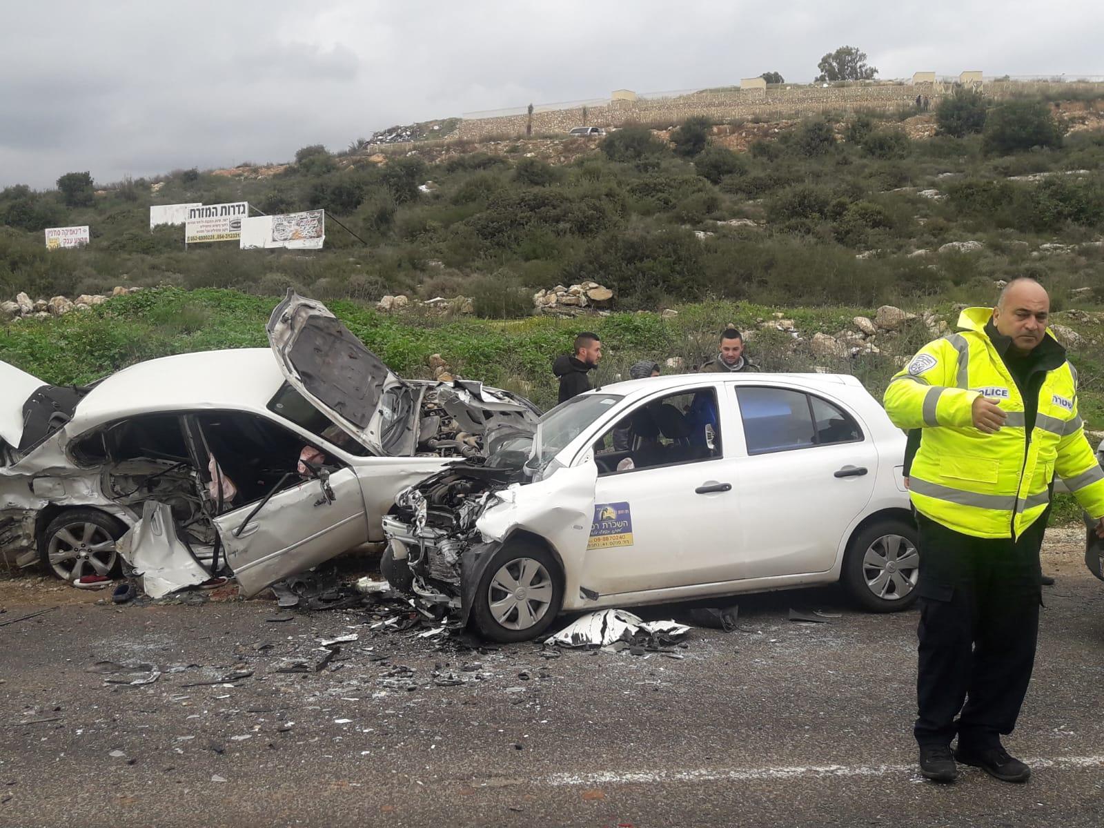 Photo of حادث سير قرب عرابة يسفر عن 4 إصابات إحداها خطيرة
