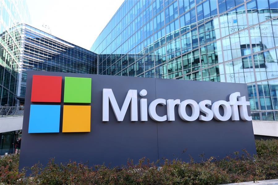 """مايكروسوفت تحذر من استخدام """"إنترنت إكسبلورر"""""""