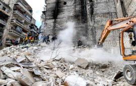 هدم حلب… النظام يهجّر آلاف الناجين من الحرب