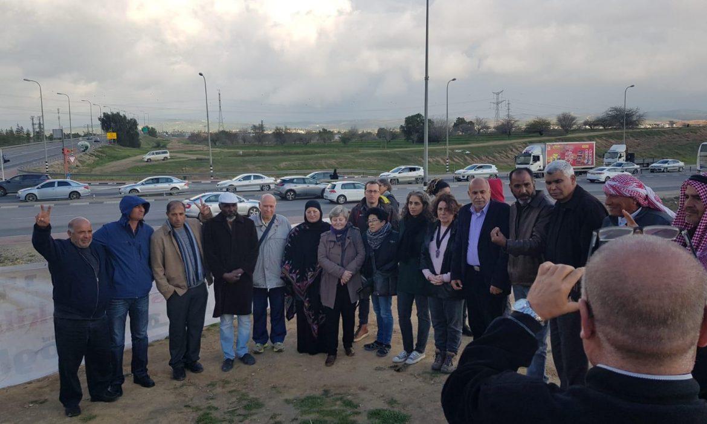 ضمن النشاطات الأسبوعية: العشرات في الوقفة الاحتجاجية ضد هدم العراقيب