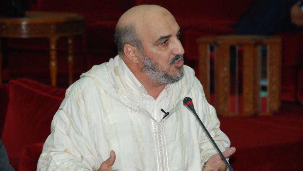 "Photo of مفكر: غموض صفقة القرن هدفه توقيع العرب ""على بياض"""