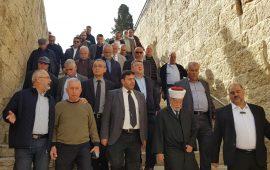 المتابعة تزور باب الرحمة في المسجد الأقصى وتؤكد وقوف جماهيرنا ضد مؤامرات الاحتلال