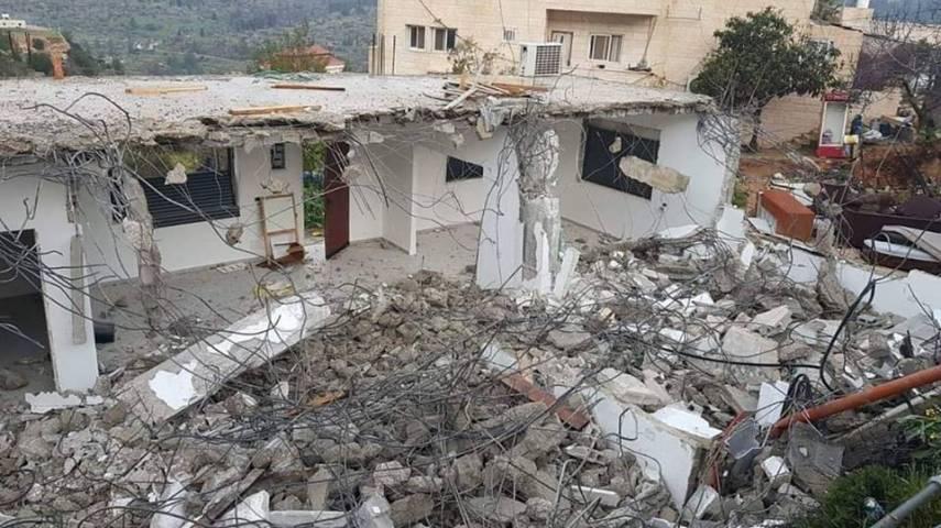 الاحتلال يهدم منزلاً بالولجة قضاء بيت لحم