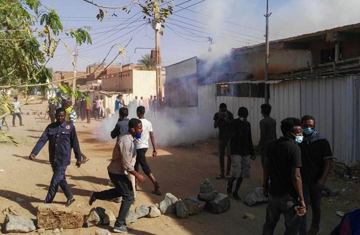 Photo of المعارضة السودانية تدعو لتظاهرات ضد الطوارئ من 43 مسجدا