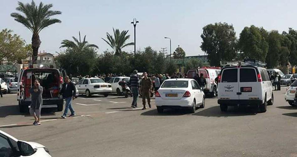 Photo of إصابة جندي إسرائيلي بجروح في عملية دهس شمال القدس