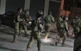 اعتقال 15 فلسطينياً خلال مداهمات واسعة بالضفة
