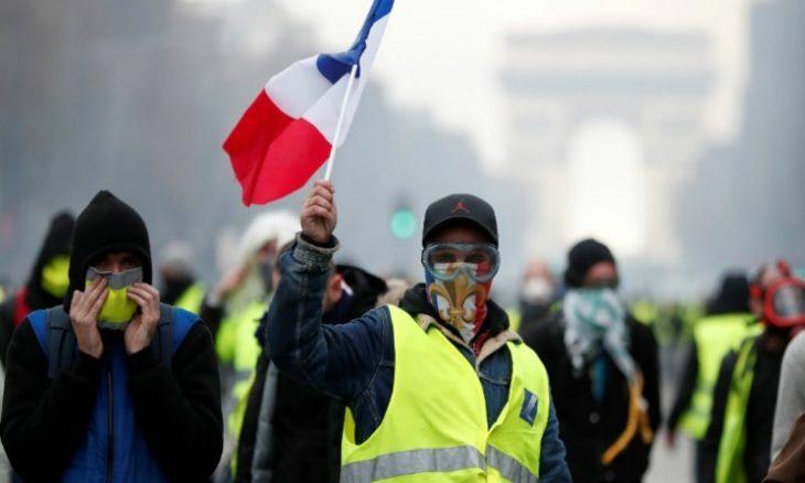 """Photo of فرنسا تستعد لاحتجاجات """"السترات الصفراء"""" فيما تعتزم الحكومة التصدي بحزم للمتظاهرين"""