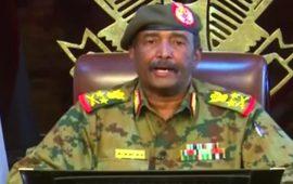رئيس المجلس العسكري بالسودان يعلن قرارات هامة
