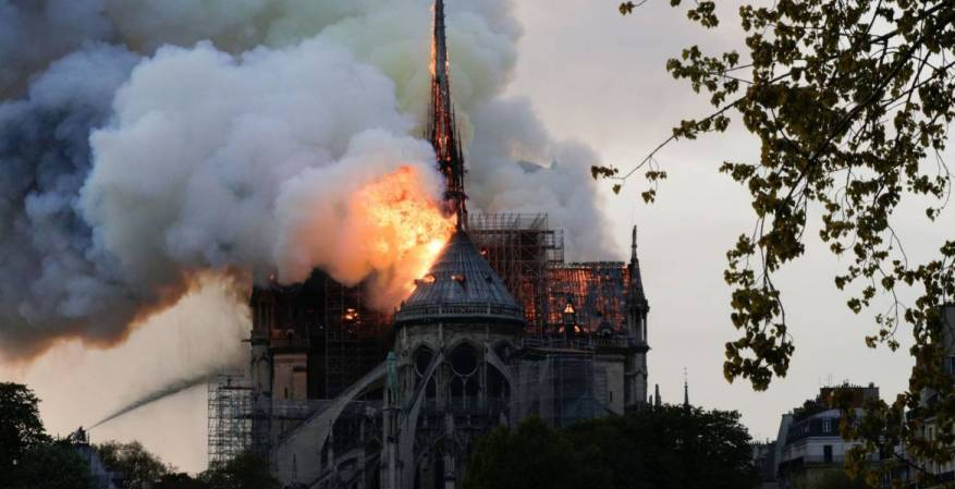 حماس: نعبر عن تضامننا مع الشعب الفرنسي بخسارة كاتدرائية نوتردام