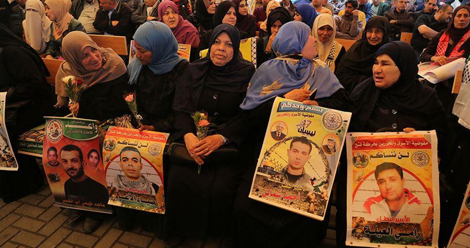 Photo of خمسة أسرى مستمرون في إضرابهم عن الطعام ضد اعتقالهم الإداري
