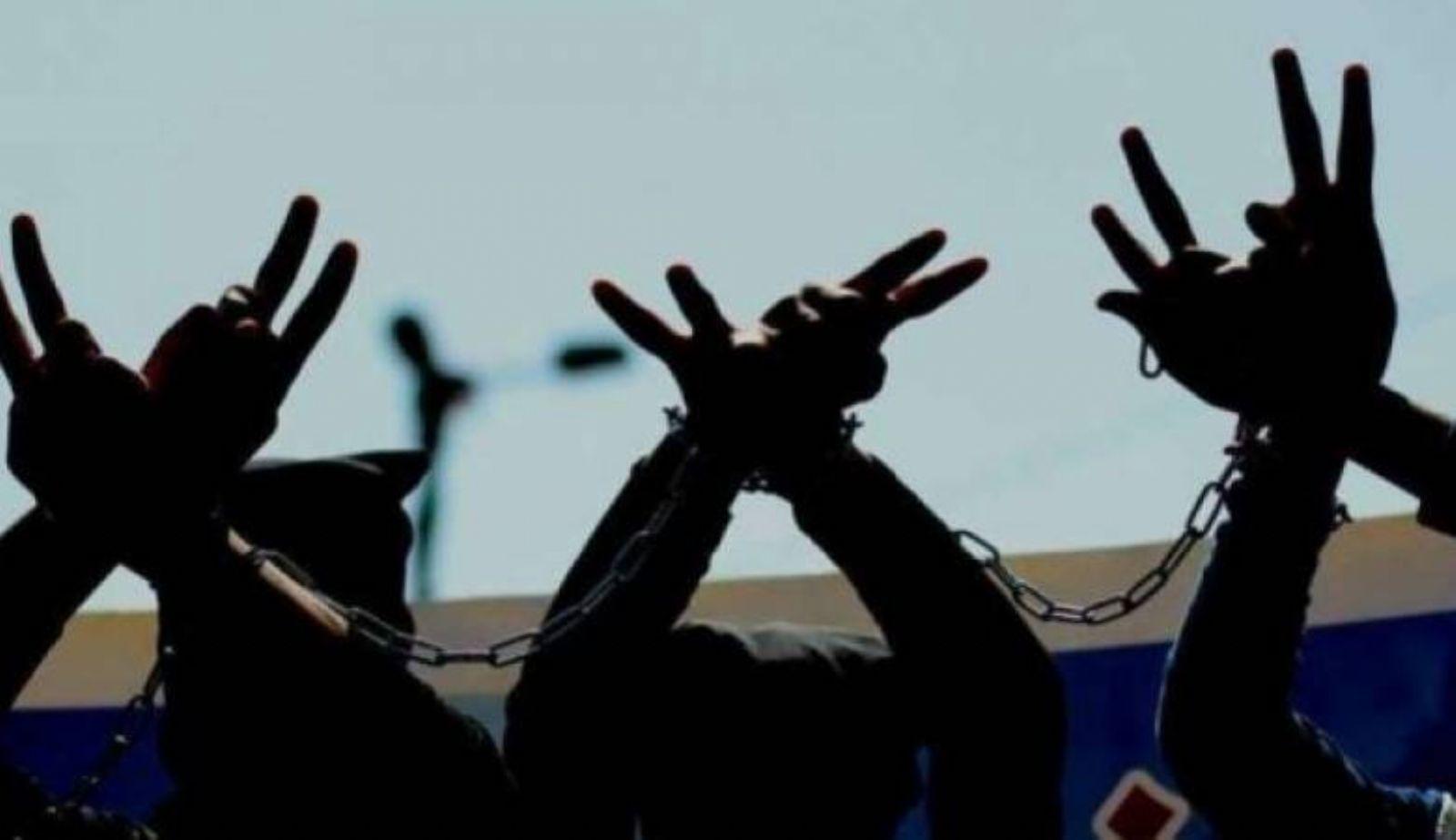 Photo of قيادي بحماس: جهود مصرية تبذل لتدارك الموقف داخل السجون