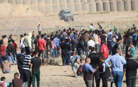 """بدء توافد المتظاهرين للمشاركة في جمعة """"موحدون ضد الصفقة"""""""