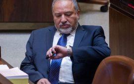 ليبرمان يشترط الحسم مع غزة للانضمام لحكومة نتنياهو