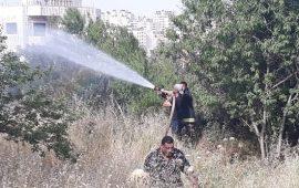 الدفاع المدني الفلسطيني يتعامل مع اكثر من 300 حريق
