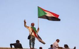 """المعارضة السودانية تترقب ردّ """"العسكري"""" على وثيقة المقترحات الدستورية"""