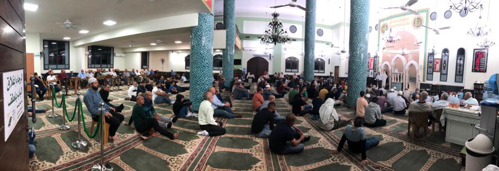 """Photo of حضور حاشد في محاضرة الشيخ كمال خطيب بمسجد """"الحوارنة"""" في كفر قرع"""