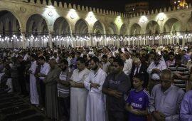 """مصر.. الأوقاف تحدد 10 دقائق فقط لـ""""خاطرة التراويح"""""""
