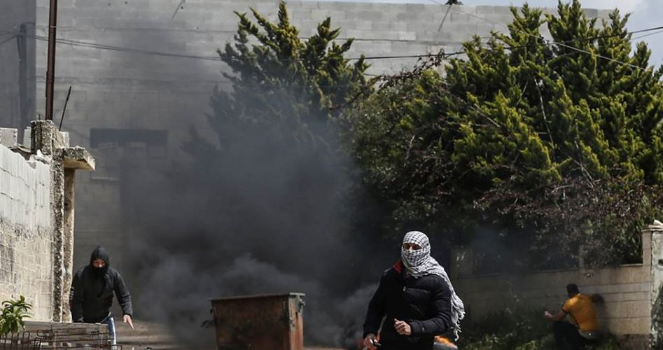 Photo of مواجهات بالقدس بعد اعتداء إسرائيلي على جنازة الشهيد موسى أبو ميالة