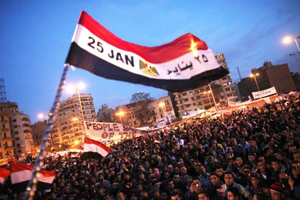 Photo of شبهات حول حكم الإخوان في مصر..  شبهة 3: الإخوان سرقوا ثورة الشعب المصري!!!!