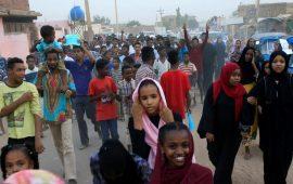 المواكب المليونية تنطلق بمدن السودان وحميدتي يحشد قواته