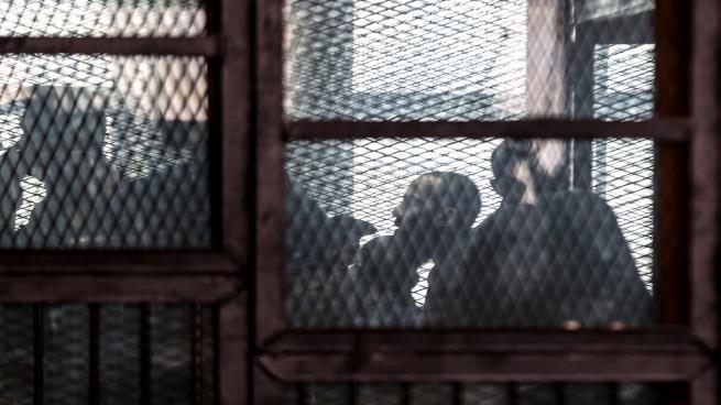 "Photo of ""العفو الدولية"" تتهم مصر باعتقال المعارضين إلى ""أجل غير مسمى"""
