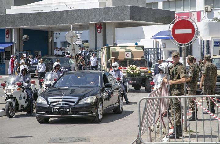 Photo of نقل جثمان السّبسي إلى منزله قبل أن يوارى الثرى السبت