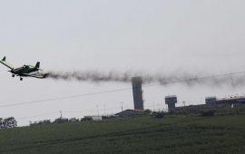 الغارديان: استخدام إسرائيل للمبيدات بالقرب من غزة يضر بالمحاصيل الفلسطينية