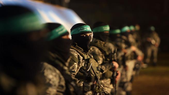 """""""حماس"""": الاحتلال لن يرى جنوده الأسرى إلا بعملية تبادل"""