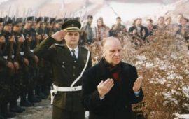 """94 عاما على ميلاد """"الملك الفيلسوف"""" بيغوفيتش.. استثناء أفلاطون للقرن العشرين"""