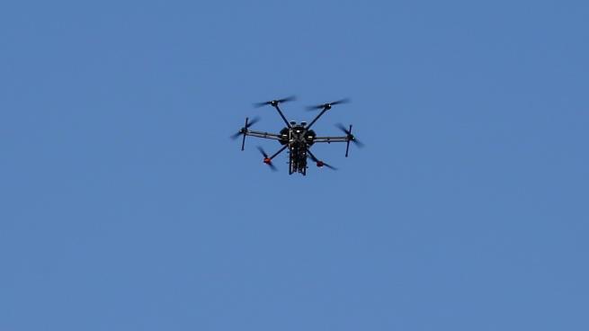 """Photo of شركات إسرائيلية تدّعي تطوير قدرات للسيطرة على الطائرات المسيّرة """"المعادية"""""""