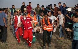 30 إصابة جراء قمع الاحتلال للمشاركين في مسيرات العودة