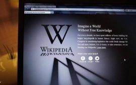 """عودة """"ويكيبيديا"""" للعمل بعد عطل مفاجئ"""