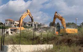الاحتلال يصادق على هدم مبانٍ فلسطينية شمالي الخليل