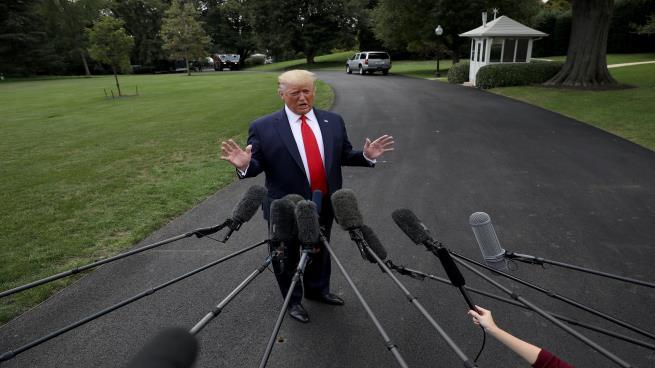"ترامب مجدداً: محادثات أفغانستان ""ماتت""… ولقاء روحاني ""قد يحدث"""