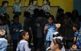 تلاميذ غزة بلا مصروف جيب