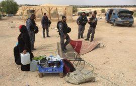 النقب: اعتقال 3 أشخاص خلال مداهمة قرية العراقيب