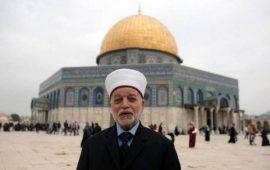 مفتي القدس يحرّم تزويج من يبيع الأرض للأعداء ودفنه بمقابر المسلمين