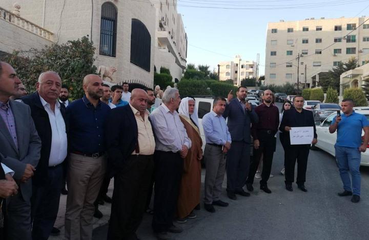 نائب أردني يدعو إلى احتجاز إسرائيليين