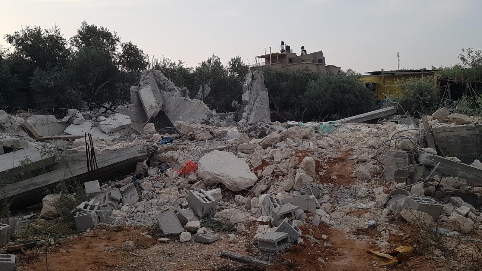 Photo of هدم منزل في الطيبة بحجة البناء غير مرخص
