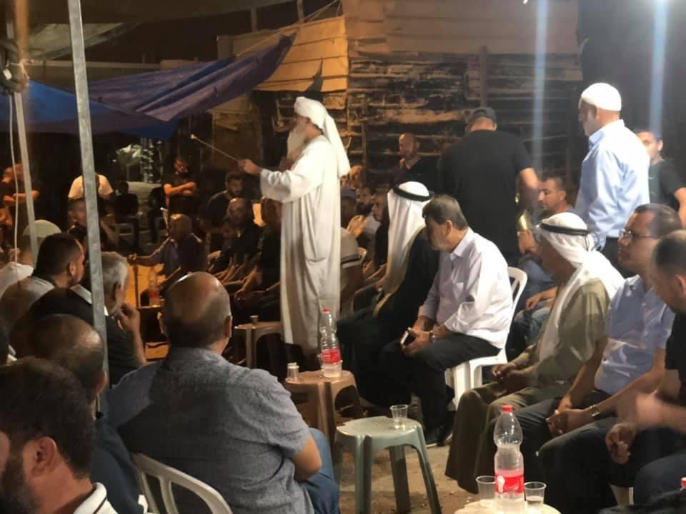 Photo of دهس غير متعمد: عائلة ابو شريقي في اللد تصفح عن السائق وتستقبل عائلته في خيمة العزاء