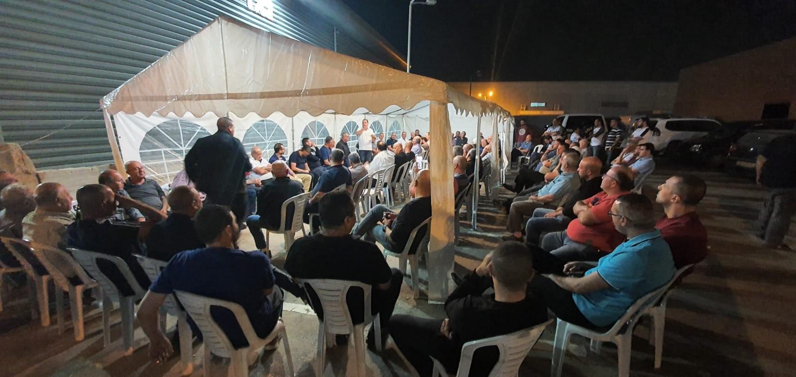 Photo of الطيرة: 200 مصلحة وورشة مهددة بالهدم